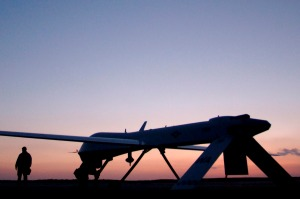 MQ-1 Predator(USAF Photo, SSgt Jeremy T. Lock)