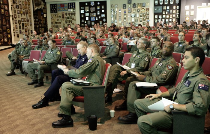 A February 16, 2006 mass briefing on activities of the day for personnel taking part in Exercise Red Flag at Nellis Air Force Base, Nevada.(Royal Australian Air Force Photo)
