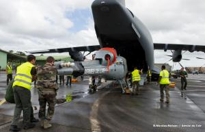 A400M Unloading a Fennec Helicopter(Photo by French Air Force)