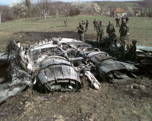 Serbian MiG-29/FULCRUM Downed by NATO Fighters During Operation ALLIED FORCE(DoD Photo, SPC Tracy Trotter)
